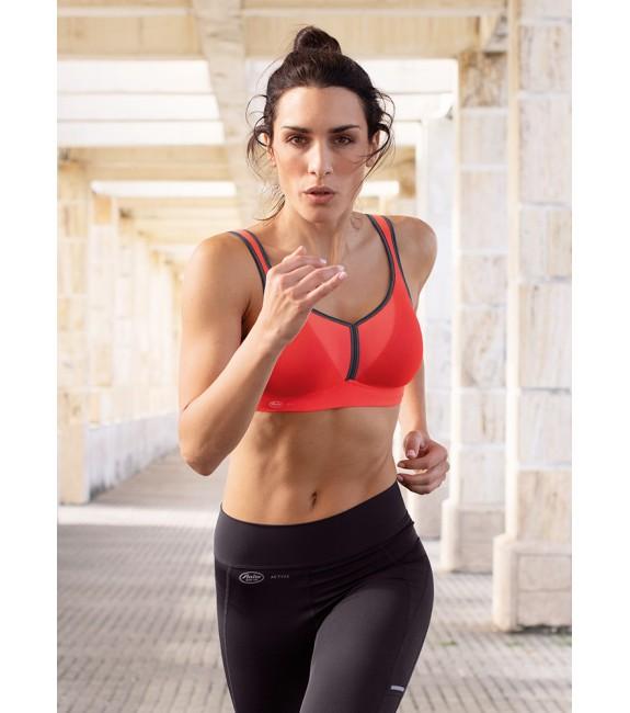 Женское спортивное белье Anita Active.